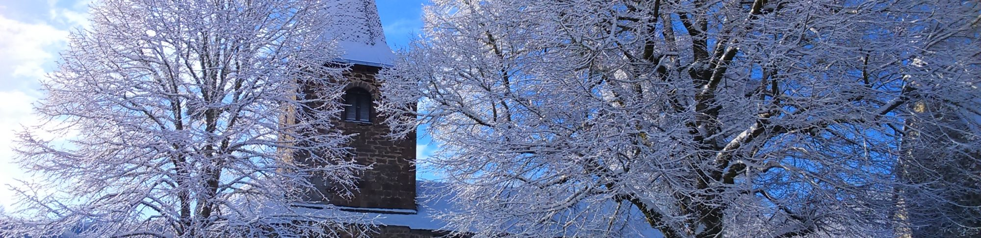entrée du bourg sous la neige